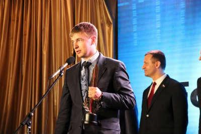Получение награды компанией Forex4you в премии Финансового Олимпа.